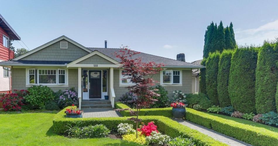 533 West 20th Street, Hamilton, North Vancouver