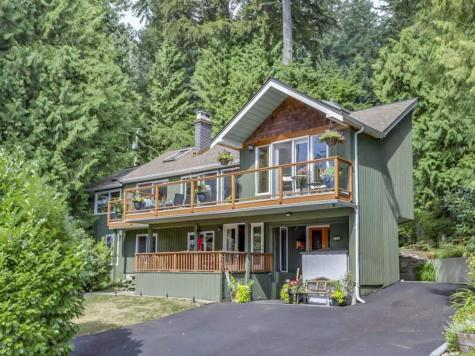 300 Beaver Road, Upper Delbrook, North Vancouver