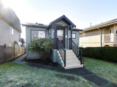 4086 Napier Street, Willingdon Heights, Burnaby North
